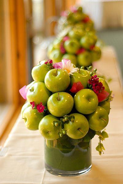 Columbia gorge weddings fruit and